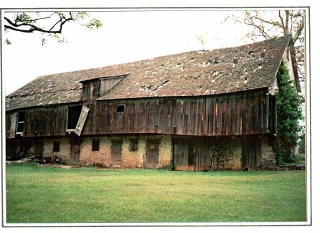 barn-where-michael-frantz-laid-the-rail-rear-view-1986