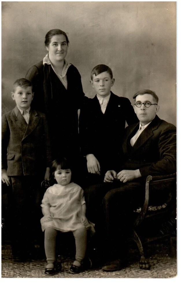 Swartz family info Photograph (7)
